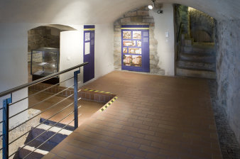 Cellar vault with exhibition panels
